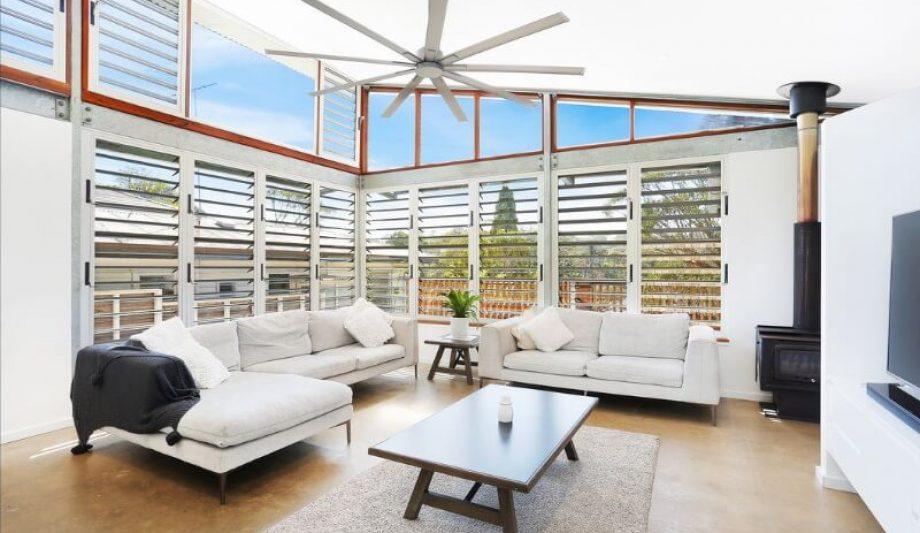 Caringbah Residence louvre living room