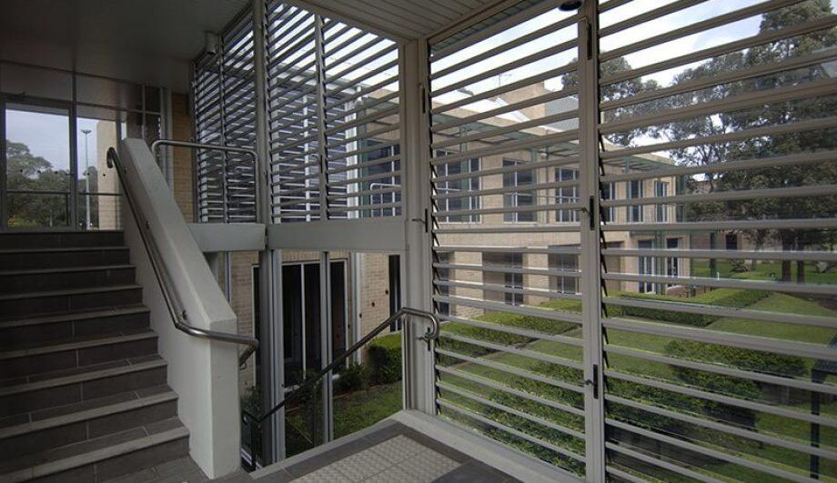 Macquarie University building Louvres