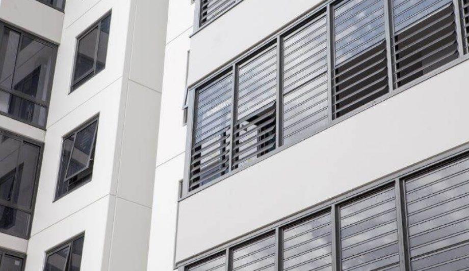 Meriton Luna Apartments Lewisham Louvres