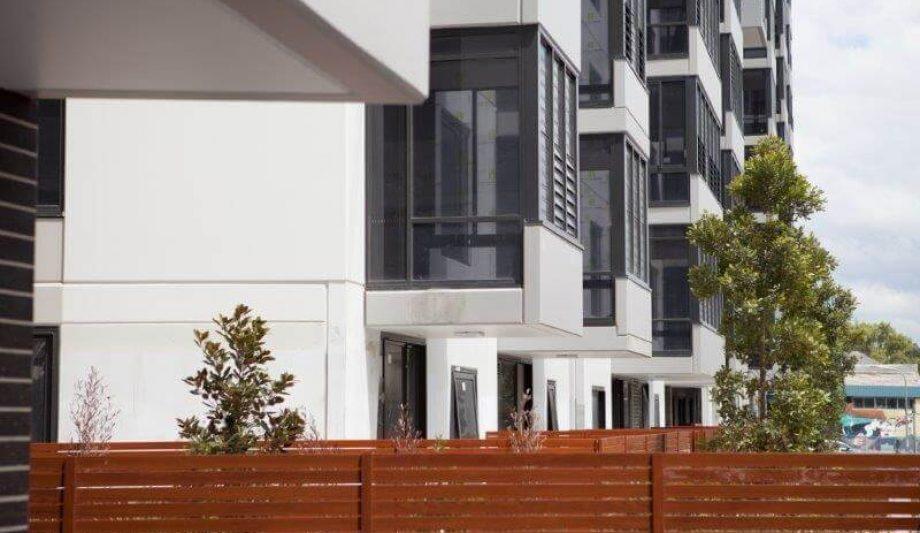 Meriton Luna Apartments Lewisham building close up