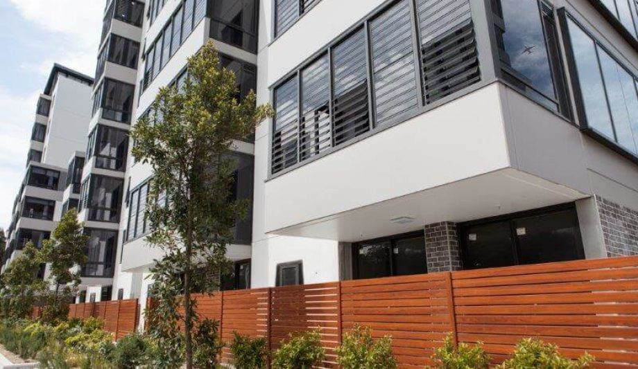 Meriton Luna Apartments Lewisham building