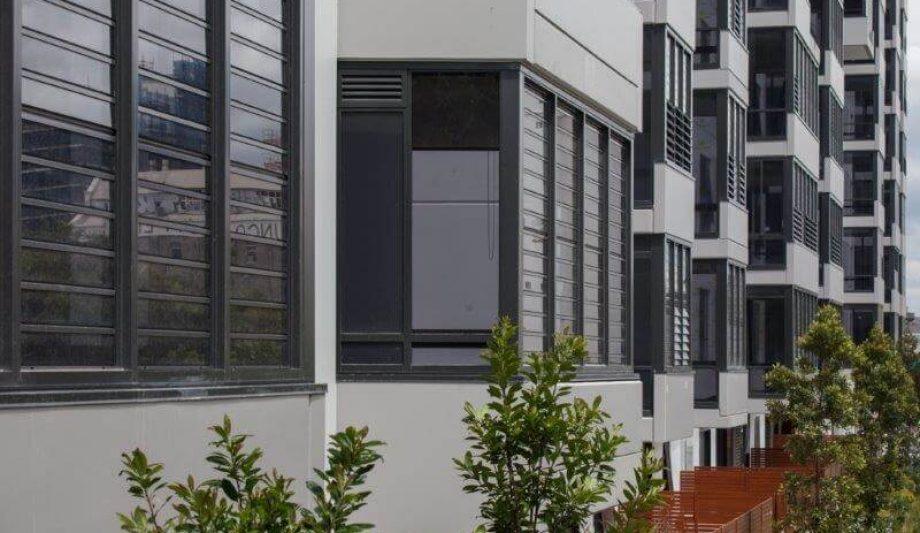 Meriton Luna Apartments Lewisham windows close up 2