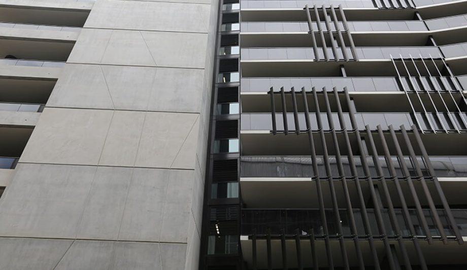 Serrata Apartments building Louvres
