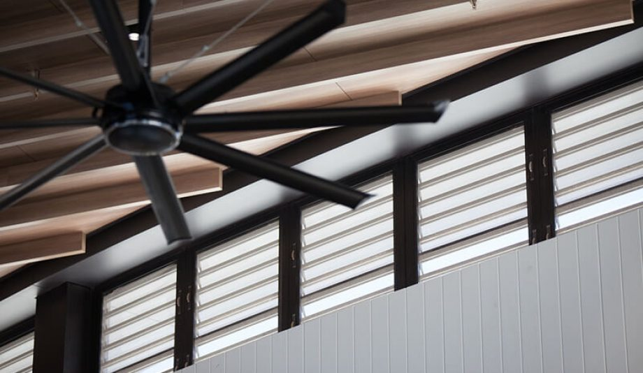 Westfield Pacific Fair fan and Louvres